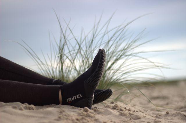 Surfschuhe als Barfußschuhe im Test: Mares Equator