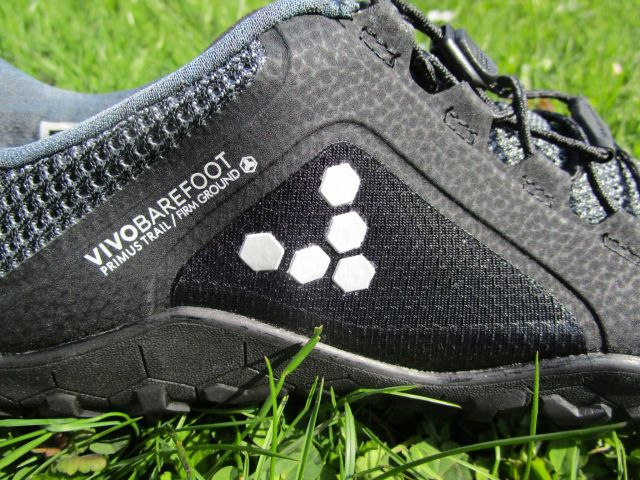 Vivobarefoot Primus Trail Firm Ground im Test Barfußschuhe